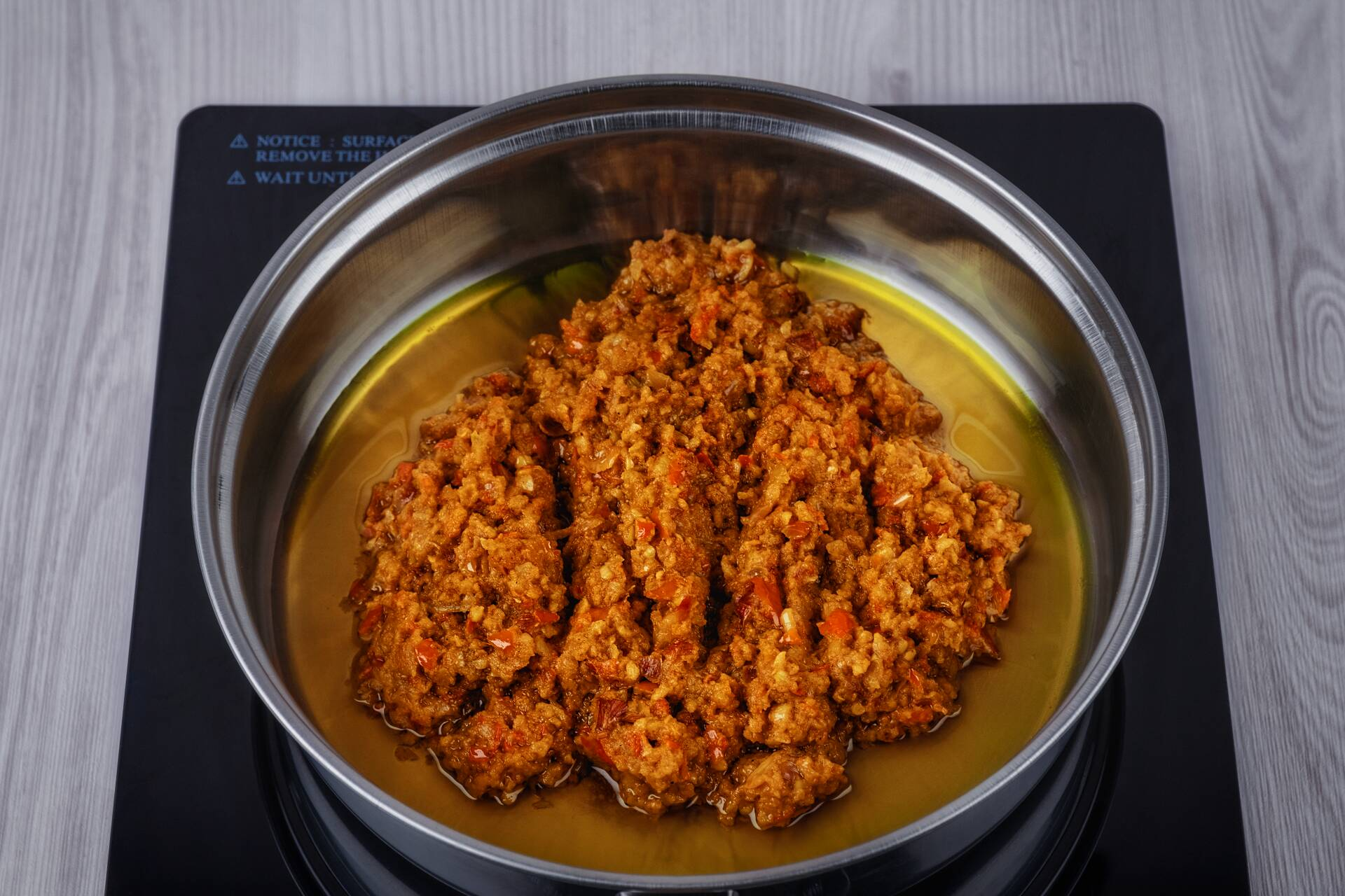 Puree the spices