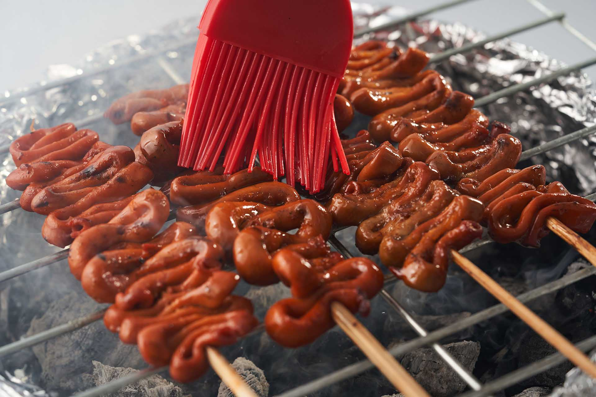 Skewer and grill the intestines