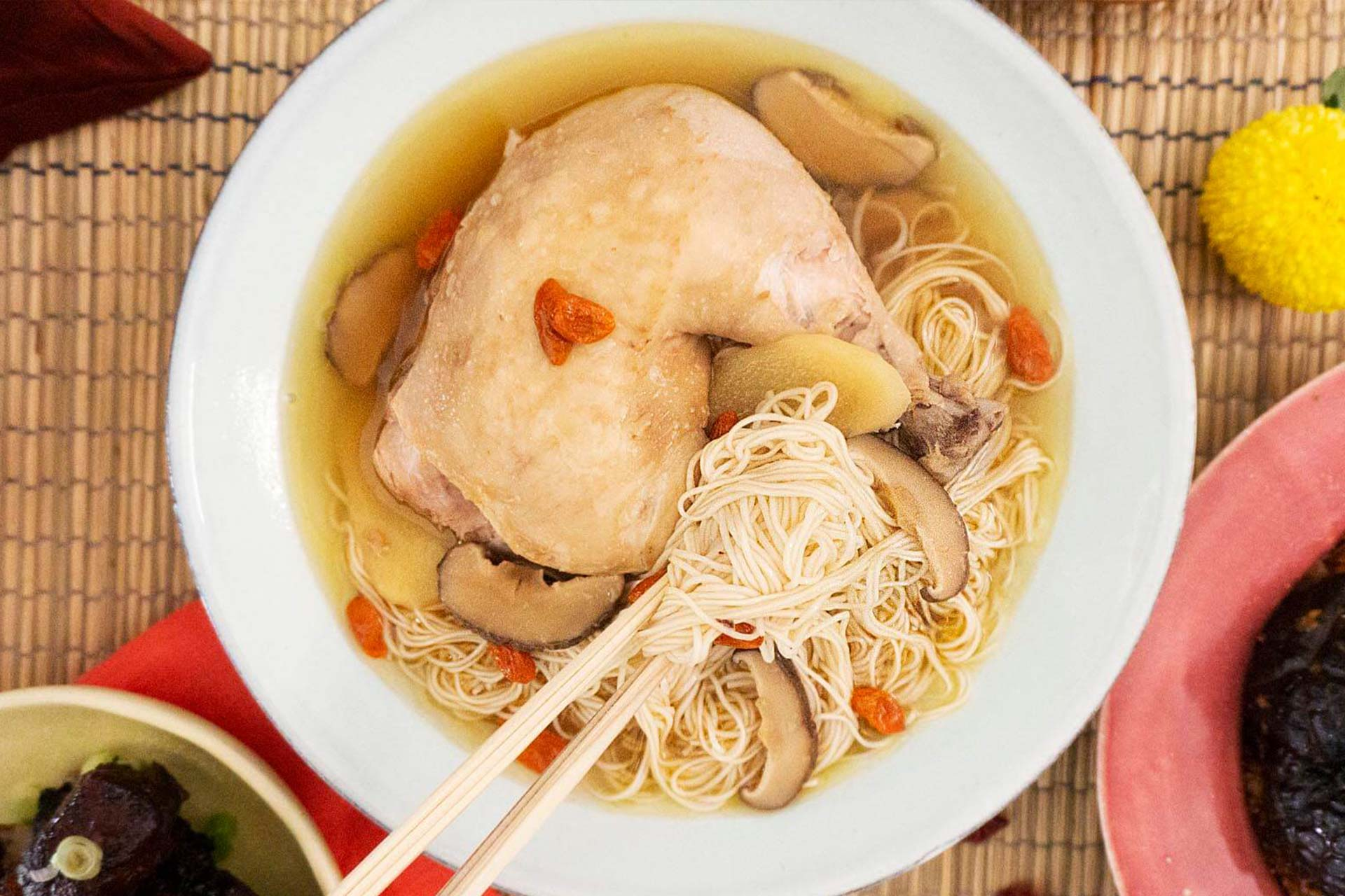 One-Pot Ginger Wine Chicken Mee Sua