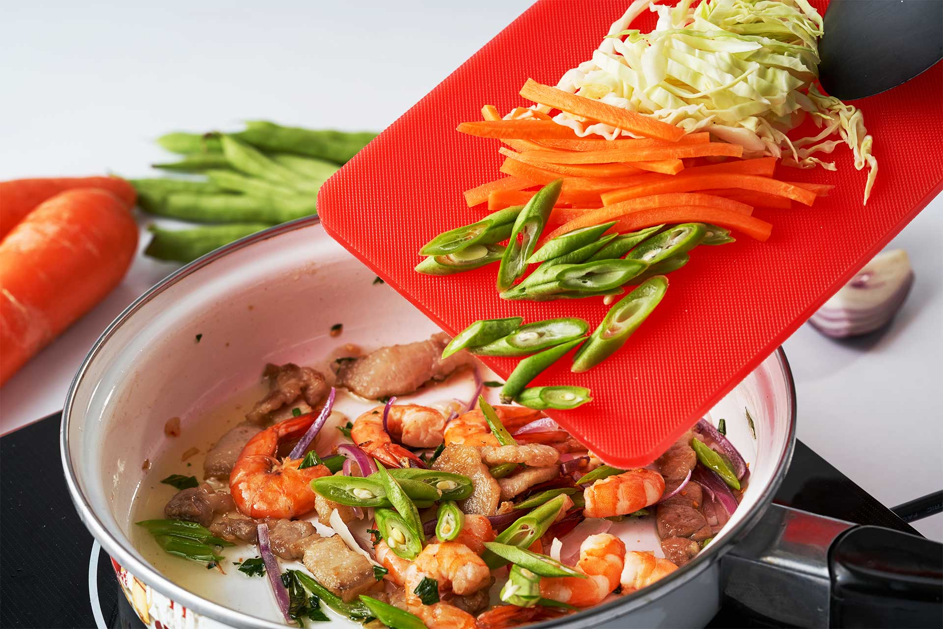 Cook the shrimps and pork