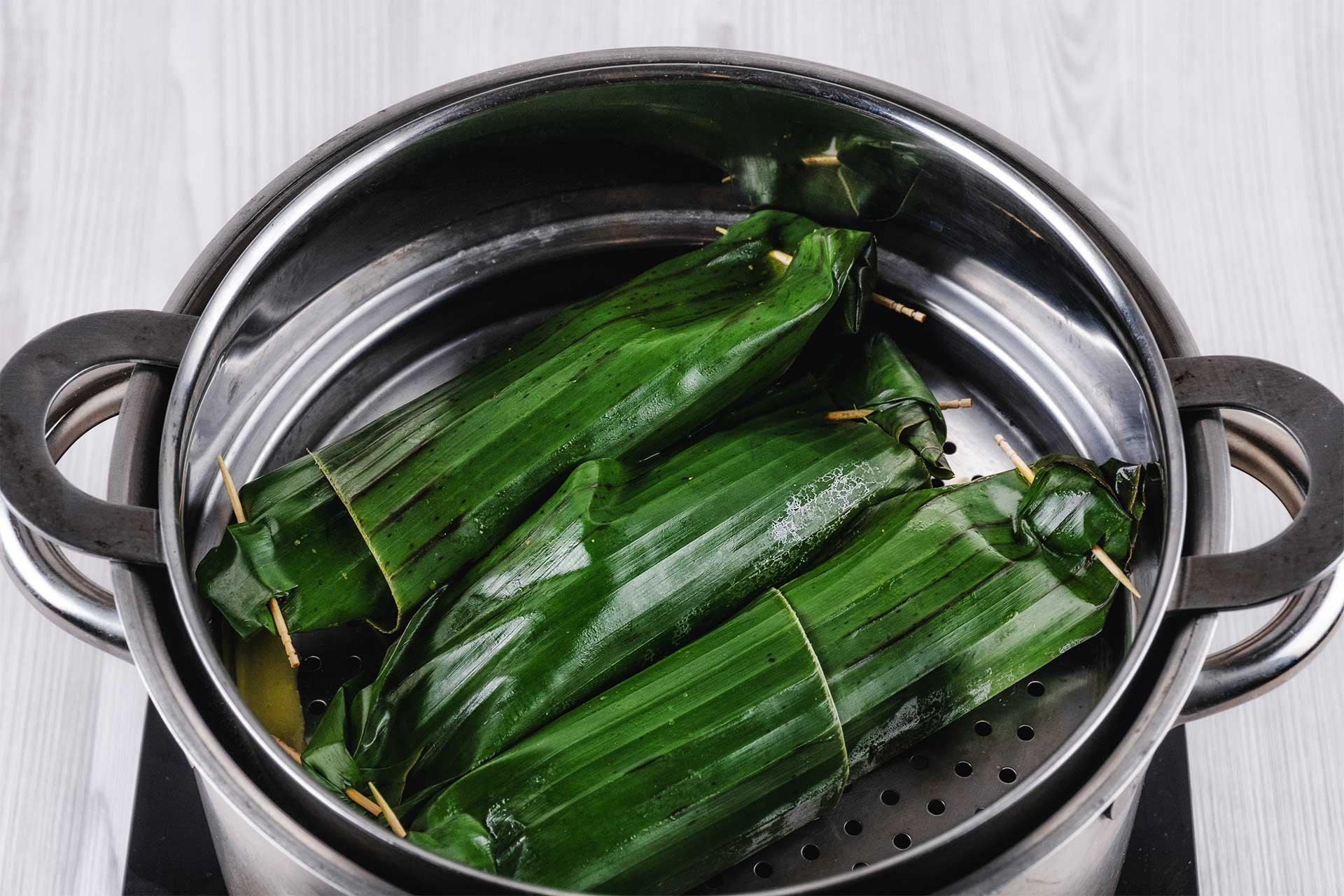 Wrap with banana leaves